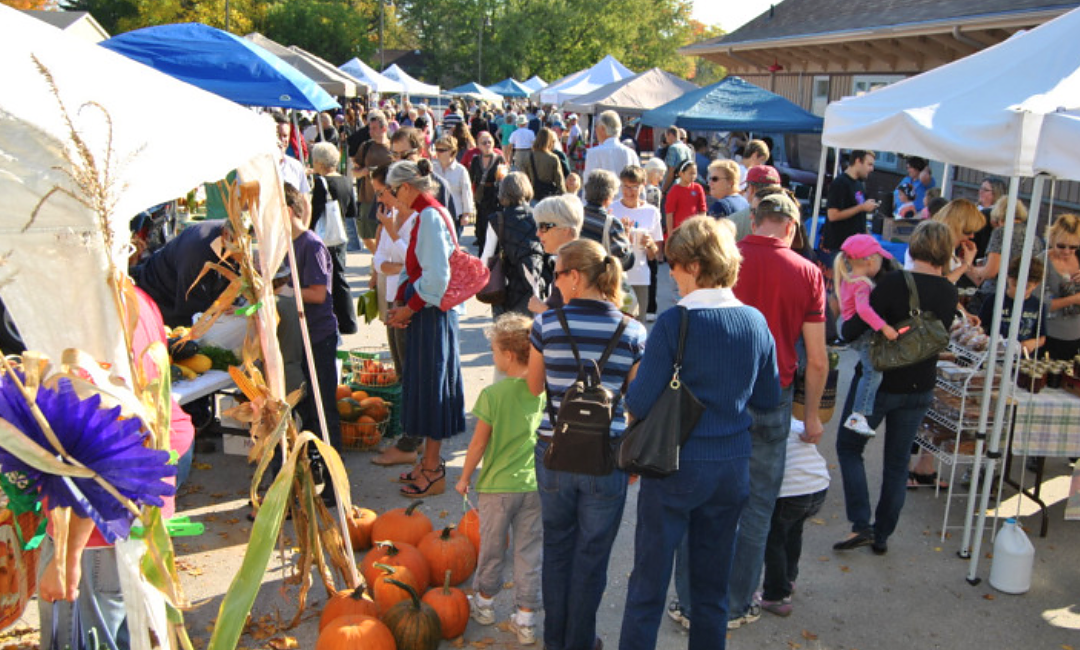 This Thanksgiving Celebrate the Harvest and Fall's Favourite Fruit at Creemore Farmers' Market